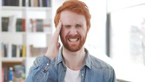 Migrena, Zaakcentowany Przypadkowy rudzielec mężczyzna zbiory wideo