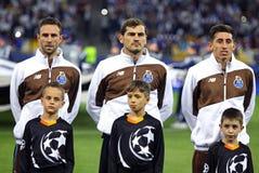 Miguel Layun, Iker Casillas und Hector Herrera von FC Porto Stockbilder