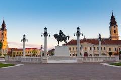 Mihai Viteazul statua w zjednoczenie kwadracie evening w Oradea Obraz Royalty Free