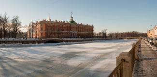 The Mihajlovsky lock to St.-Petersburg in the wint. Panorama of the Mihajlovsky lock to St.-Petersburg in the winter Royalty Free Stock Photos