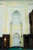 Mihrab του σουλτάνου Abdul Samad Mosque (μουσουλμανικό τέμενος KLIA) στοκ εικόνα