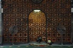 Mihrab Kuching Grodzki meczet a K masjid Bandaraya Kuching w Sarawak, Malezja Obrazy Royalty Free