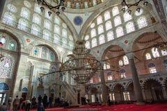 Mihrimah苏丹清真寺内部在伊斯坦布尔 免版税库存图片