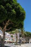 MIJAS ANDALUCIA/SPAIN - JULI 3: Sikt av Mijas Andalucia Spanien arkivbilder