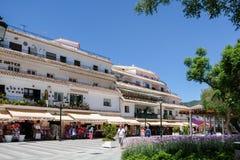 MIJAS ANDALUCIA/SPAIN - JULI 3: Sikt av Mijas Andalucia Spanien Arkivfoton