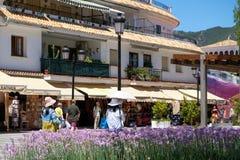 MIJAS ANDALUCIA/SPAIN - JULI 3: Sikt av Mijas Andalucia Spanien Royaltyfri Bild
