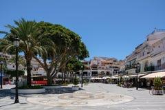MIJAS ANDALUCIA/SPAIN - JULI 3: Sikt av Mijas Andalucia Spanien royaltyfria bilder