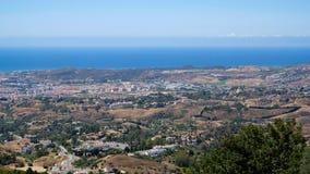 MIJAS ANDALUCIA/SPAIN - JULI 3: Sikt från Mijas i Andalucia Royaltyfri Foto