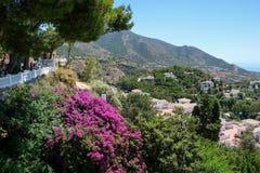 MIJAS ANDALUCIA/SPAIN - JULI 3: Sikt från Mijas i Andalucia Arkivfoton