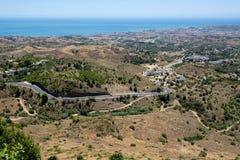 MIJAS ANDALUCIA/SPAIN - JULI 3: Sikt från Mijas i Andalucia Royaltyfri Fotografi