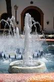 MIJAS ANDALUCIA/SPAIN - JULI 3: Springbrunn i Mijas Andalucia Sp Royaltyfria Foton