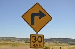 30 mijl per uur juiste draai vooruit Stock Fotografie