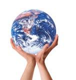 Mijn Aarde binnen Mijn Handen Stock Foto's