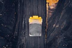 Mijnbouw bij een open kuil stock foto
