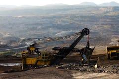 Mijnbouwvrachtwagen het werken Stock Foto's