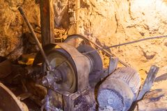 Mijnmachine binnen Cerro Rico mijn in Potosi, Bolivi royalty-vrije stock foto