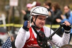 Mike Minard rent een rolstoel Royalty-vrije Stock Foto