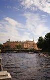 Mikhailovsky slott (teknikerslotten), St Petersburg, Ryssland Royaltyfri Fotografi