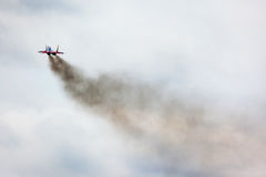 Mikoyan MiG-29 des Swifts-Kunstfliegen-Teamdüsenjägers entfernen sich an Lizenzfreie Stockfotos