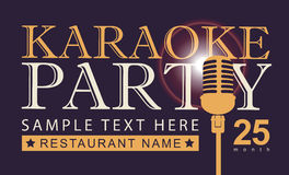 Mikrofon för karaokepartier Arkivbild