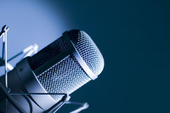 Mikrofon im Studio. Stockfoto