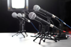 mikrofon konferencyjna prasa Obrazy Royalty Free