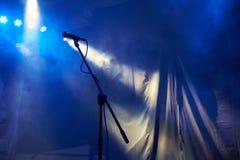 Mikrofon na scenie Zdjęcie Royalty Free