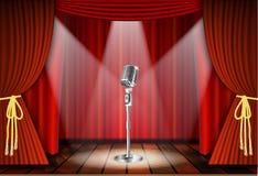 Mikrofon och röd gardin Arkivfoto