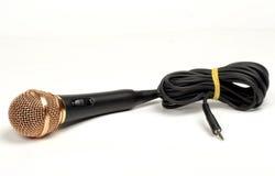 Mikrofon på en vit bakgrund Royaltyfri Foto