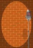 Mikrofon Pod światłem reflektorów Obraz Royalty Free