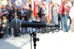 Mikrofonhändelse Arkivbild