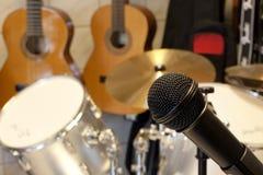 mikrofonmusikstudio Arkivfoton