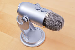 mikrofonprofessionellstudio Royaltyfri Foto