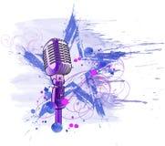 mikrofonrockstjärna Arkivbild
