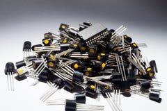 Mikrokontroller på högen av transistorer Royaltyfri Fotografi