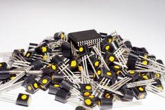 Mikrokontroller på högen av transistorer Royaltyfria Bilder