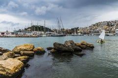Mikrolimano port w Piraeus, Grecja - Zdjęcia Royalty Free