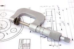 Mikrometer auf technischer Zeichnung. Horizontal Lizenzfreies Stockbild