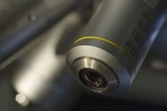 mikroskop för lins 10x Arkivbild