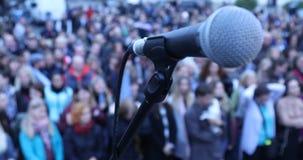 Mikrotelefon auf dem Stadium stock video