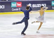 MILÁN - 16 DE DICIEMBRE: Charlene Guignard y Marco Fabbri durante el campeonato italiano 2018 Imagenes de archivo