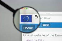 Milán, Italia - 10 de agosto de 2017: Europa homepage del sitio web del eu Euro Foto de archivo libre de regalías