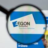 Milán, Italia - 10 de agosto de 2017: Homepage del sitio web de Aegon Es a Imagenes de archivo