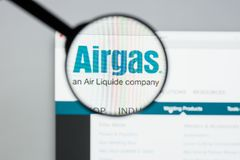 Milán, Italia - 10 de agosto de 2017: Homepage del sitio web de Airgas Es t Fotografía de archivo