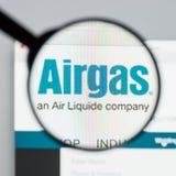 Milán, Italia - 10 de agosto de 2017: Homepage del sitio web de Airgas Es t Imagen de archivo