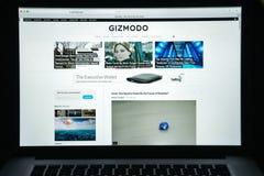 Milán, Italia - 10 de agosto de 2017: Homepage del sitio web de Gizmodo Es Fotografía de archivo libre de regalías