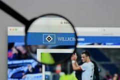 Milán, Italia - 10 de agosto de 2017: Homepage del sitio web de Hamburgo SV I imágenes de archivo libres de regalías