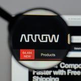 Milán, Italia - 10 de agosto de 2017: Logotipo de Arrow Electronics en nosotros Fotografía de archivo