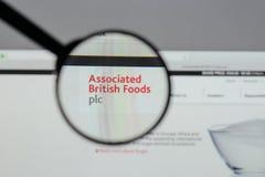 Milán, Italia - 10 de agosto de 2017: Logotipo británico asociado o de las comidas Fotos de archivo