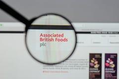Milán, Italia - 10 de agosto de 2017: Logotipo británico asociado o de las comidas Imagen de archivo